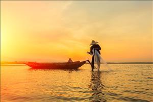 fishermen in mirissa